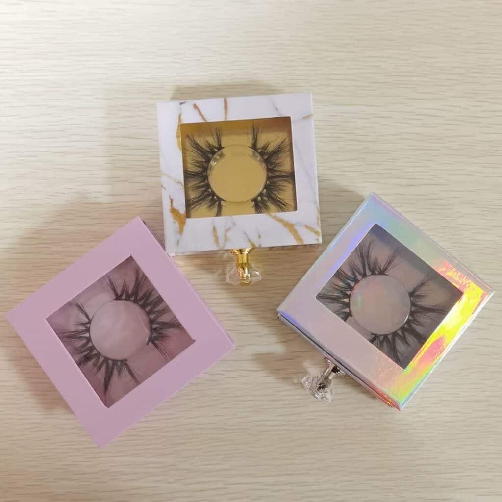 square custom lash boxes with a handle