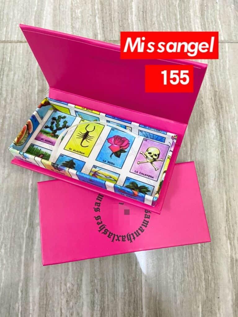 wholesale lashes and eyelash boxes