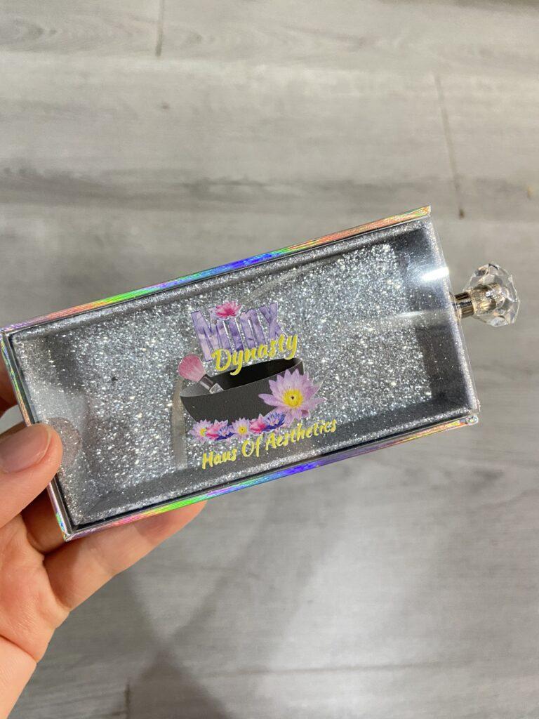 shiny lash boxes