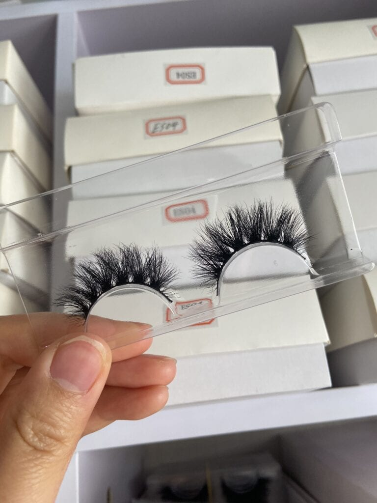 popular daily lash whoelsaler