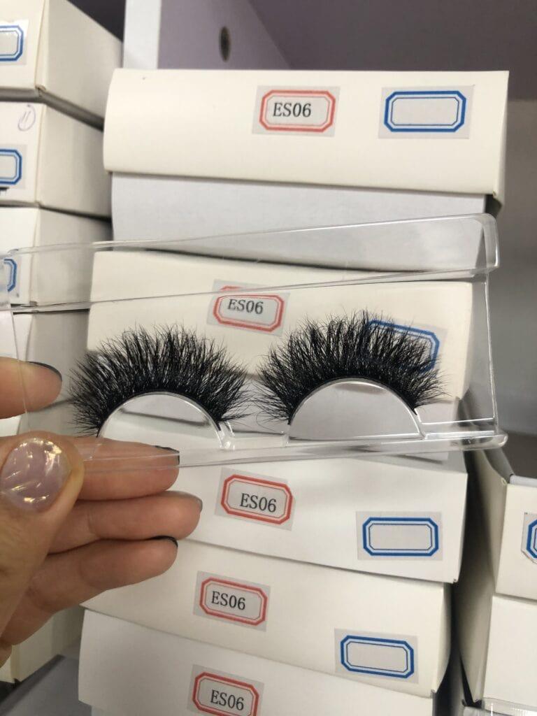thick eyelashes wholesale in bulk